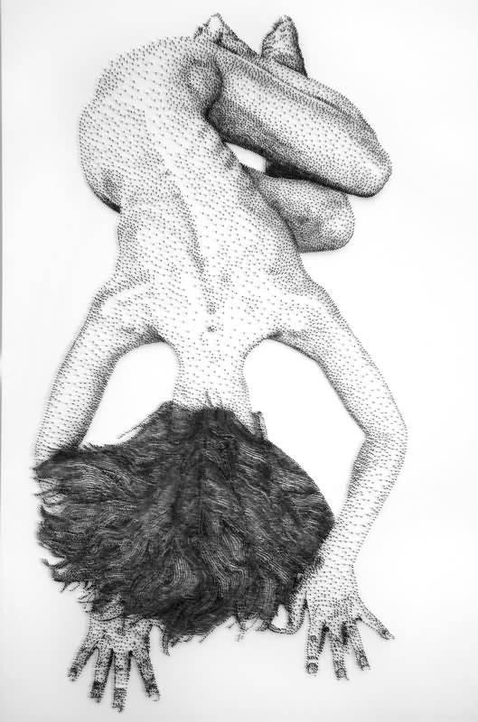 Levine 钉子雕塑 (1)