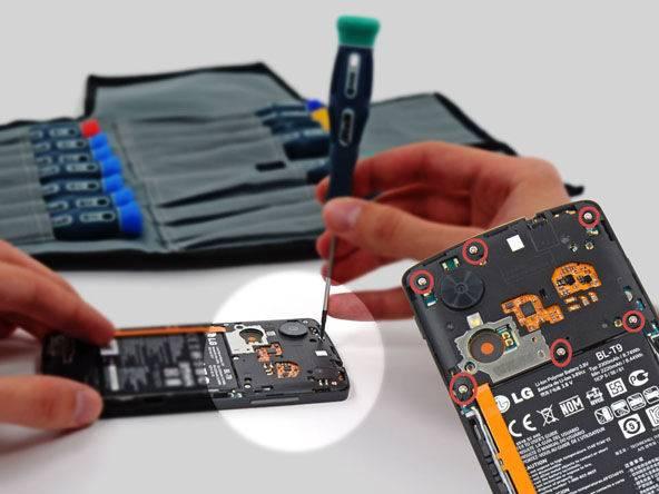 Nexus-5-换电池-3